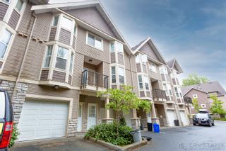 Photo 3: 5 33321 GEORGE FERGUSON Way in Abbotsford: Central Abbotsford Townhouse for sale : MLS®# R2613696
