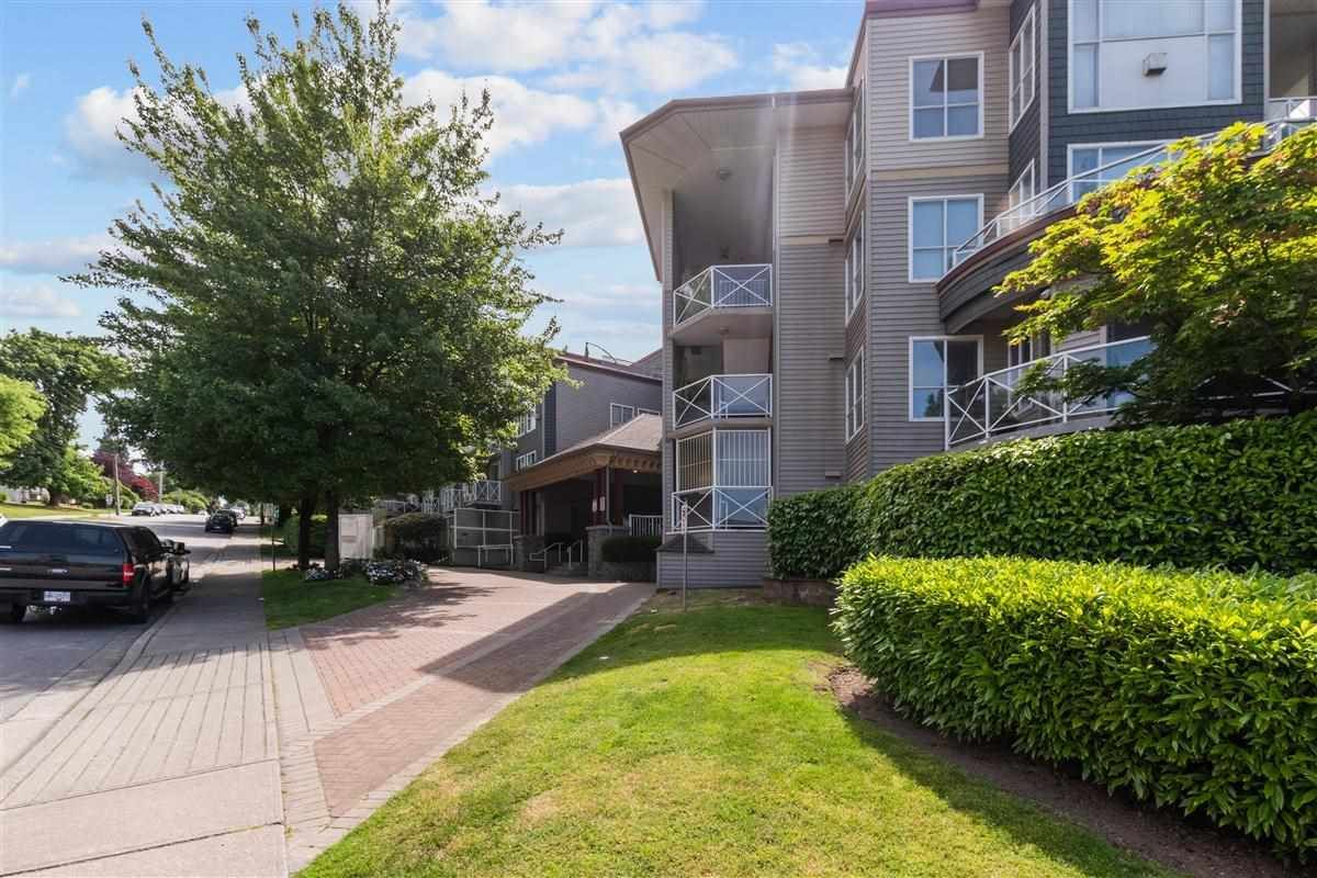 """Main Photo: 126 528 ROCHESTER Avenue in Coquitlam: Coquitlam West Condo for sale in """"THE AVE"""" : MLS®# R2588746"""