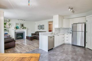 Photo 12: 19 Millview Way SW in Calgary: Millrise Detached for sale : MLS®# A1142853