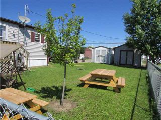 """Photo 5: 10051 100A Street: Taylor Manufactured Home for sale in """"TAYLOR"""" (Fort St. John (Zone 60))  : MLS®# N229161"""
