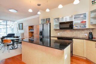 Photo 2: 811 845 Yates St in : Vi Downtown Condo for sale (Victoria)  : MLS®# 851667