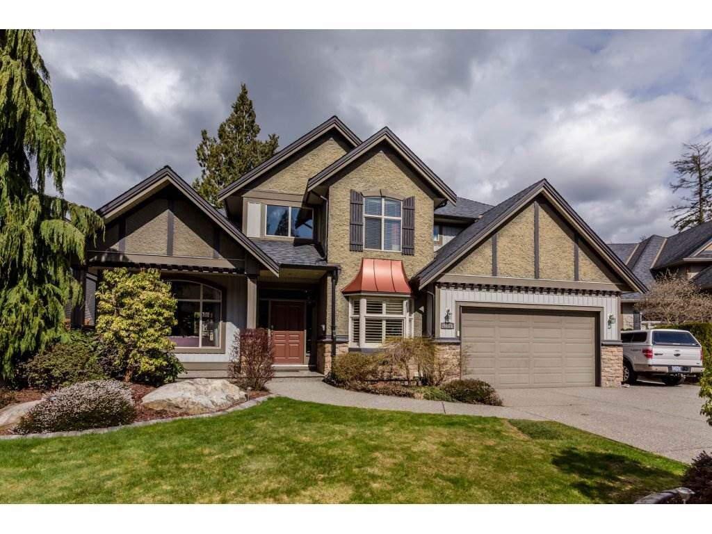 Main Photo: 4215 199A Street in Langley: Brookswood Langley House for sale : MLS®# R2149185