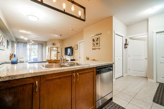 """Photo 5: 102 2336 WHYTE Avenue in Port Coquitlam: Central Pt Coquitlam Condo for sale in """"CENTRE POINTE"""" : MLS®# R2513094"""