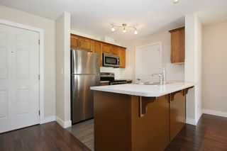 """Photo 3: 412 46150 BOLE Avenue in Chilliwack: Chilliwack N Yale-Well Condo for sale in """"THE NEWMARK"""" : MLS®# R2321393"""