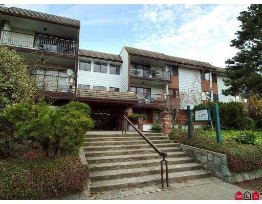 "Main Photo: 102 13977 74 Avenue in Surrey: East Newton Condo for sale in ""Glenco Estates"" : MLS®# R2114087"