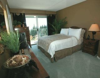 """Photo 4: 2951 PANORAMA Drive in Coquitlam: Westwood Plateau Townhouse for sale in """"STONEGATE"""" : MLS®# V606959"""