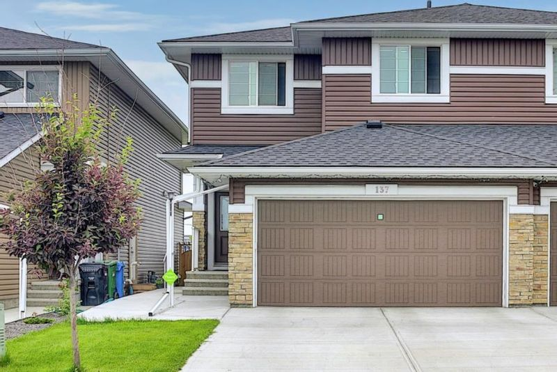 FEATURED LISTING: 137 Redstone Common Northeast Calgary