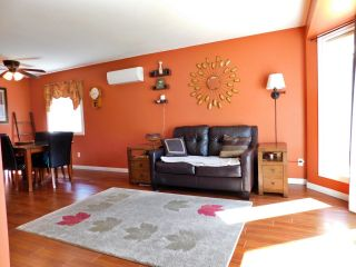 Photo 5: 60 Lunnon Drive: Gibbons House for sale : MLS®# E4247596