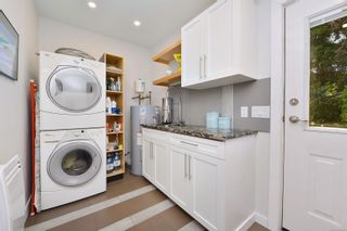 Photo 23: 7826 Wallace Dr in Central Saanich: CS Saanichton House for sale : MLS®# 878403