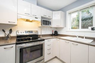 Photo 9: 1328 MAHON Avenue in North Vancouver: Central Lonsdale Townhouse for sale : MLS®# R2156696