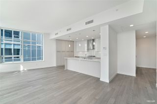 Photo 3: 502 5077 CAMBIE Street in Vancouver: Cambie Condo for sale (Vancouver West)  : MLS®# R2554849