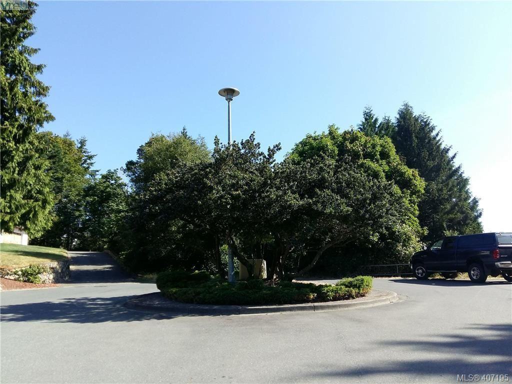 Main Photo: 676 Orca Pl in VICTORIA: Co Triangle Land for sale (Colwood)  : MLS®# 809184
