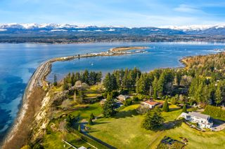 Photo 36: 104 Sandcliff Dr in : CV Comox Peninsula House for sale (Comox Valley)  : MLS®# 868998