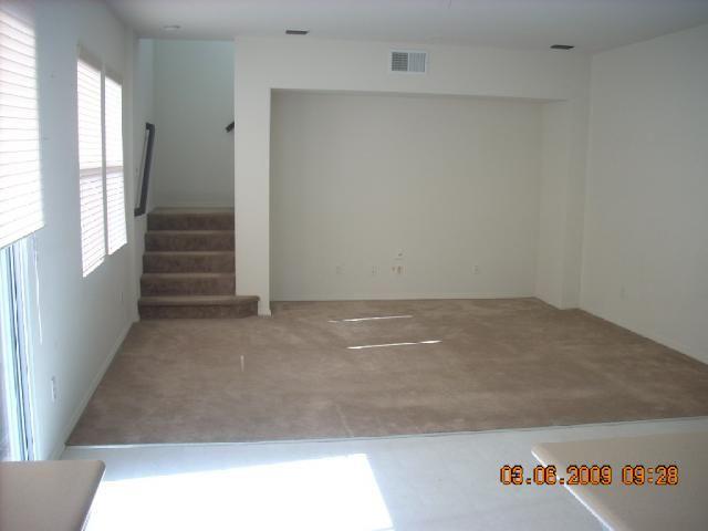 Photo 4: Photos: CHULA VISTA House for sale : 3 bedrooms : 2210 Caminito Turin