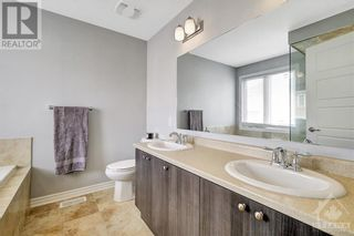 Photo 14: 137 FLOWING CREEK CIRCLE in Ottawa: House for sale : MLS®# 1265124