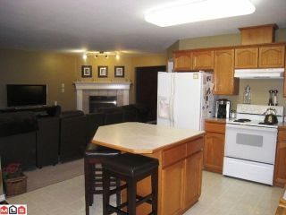 """Photo 5: 34756 7TH Avenue in Abbotsford: Central Abbotsford House for sale in """"HUNTINGDON VILLAGE"""" : MLS®# F1102700"""