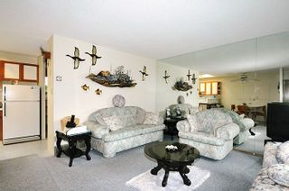 Photo 3: 1870 WESTMINSTER Avenue in Port Coquitlam: Glenwood PQ Duplex for sale : MLS®# R2212668