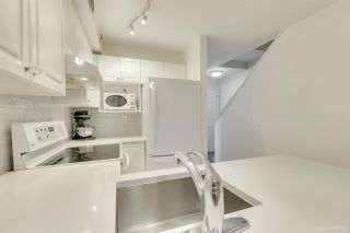 """Photo 11: 236 2565 W BROADWAY Street in Vancouver: Kitsilano Townhouse for sale in """"Trafalgar Mews"""" (Vancouver West)  : MLS®# R2581558"""