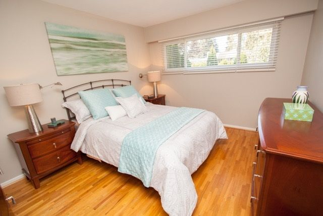 "Photo 12: Photos: 953 DRAYTON Street in North Vancouver: Calverhall House for sale in ""CALVERHALL"" : MLS®# R2112322"