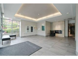 """Photo 2: 502 120 MILROSS Avenue in Vancouver: Mount Pleasant VE Condo for sale in """"THE BRIGHTON"""" (Vancouver East)  : MLS®# V1065555"""