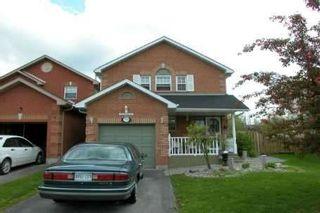 Photo 1: 19B South Balsam St in UXBRIDGE: House (2-Storey) for sale : MLS®# N974600