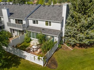 Photo 41: 24 WOOD Crescent SW in Calgary: Woodlands Row/Townhouse for sale : MLS®# A1154480
