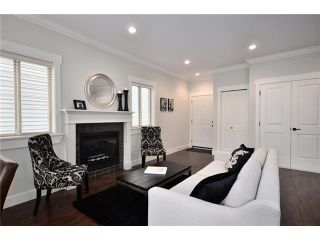 Photo 3: 2 7256 STRIDE Avenue in Burnaby: Edmonds BE 1/2 Duplex for sale (Burnaby East)  : MLS®# V911174