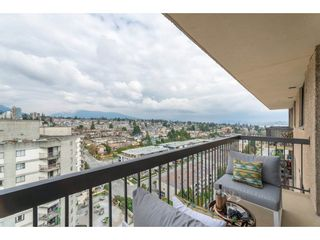 """Photo 15: 1904 145 ST. GEORGES Avenue in North Vancouver: Lower Lonsdale Condo for sale in """"TALISMAN TOWERS"""" : MLS®# R2260012"""