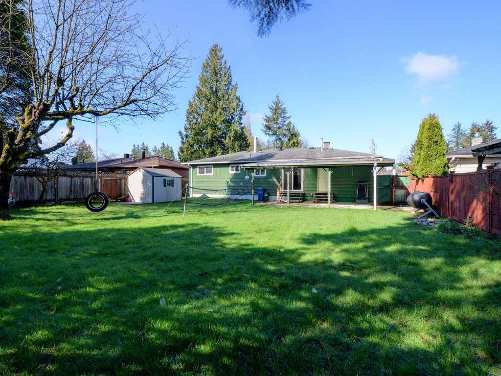 Photo 2: Photos: 11632 STEEVES Street in Maple Ridge: Southwest Maple Ridge House for sale : MLS®# R2495185