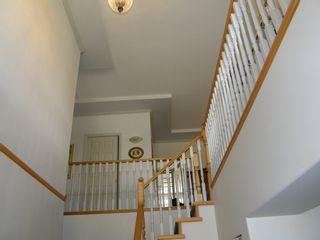 Photo 4: 12105 201 STREET in MAPLE RIDGE: Home for sale : MLS®# V1143036