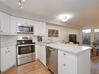 Photo 6: 107 2560 Wark St in VICTORIA: Vi Hillside Condo for sale (Victoria)  : MLS®# 792702
