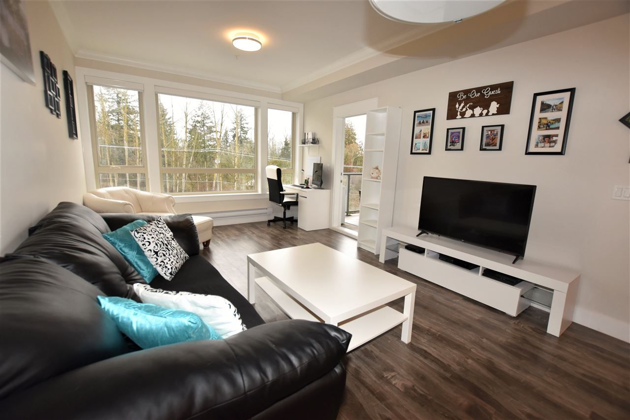 """Photo 8: Photos: 404 19228 64 Avenue in Surrey: Clayton Condo for sale in """"Focal Point"""" (Cloverdale)  : MLS®# R2535709"""