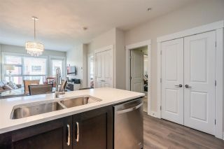 """Photo 6: 411 20728 WILLOUGHBY TOWN CENTER Drive in Langley: Willoughby Heights Condo for sale in """"Kensington"""" : MLS®# R2582359"""