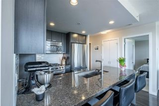 """Photo 12: 1901 2200 DOUGLAS Road in Burnaby: Brentwood Park Condo for sale in """"AFFINITY"""" (Burnaby North)  : MLS®# R2457772"""