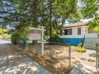 Photo 3: 3296 TURNER Street in Vancouver: Renfrew VE House for sale (Vancouver East)  : MLS®# R2621858