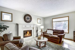 Photo 3: 202 Panorama Hills Close NW in Calgary: Panorama Hills Detached for sale : MLS®# A1048265