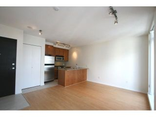 "Photo 3: 2001 1001 HOMER Street in Vancouver: Downtown VW Condo for sale in ""BENTLEY"" (Vancouver West)  : MLS®# V885646"