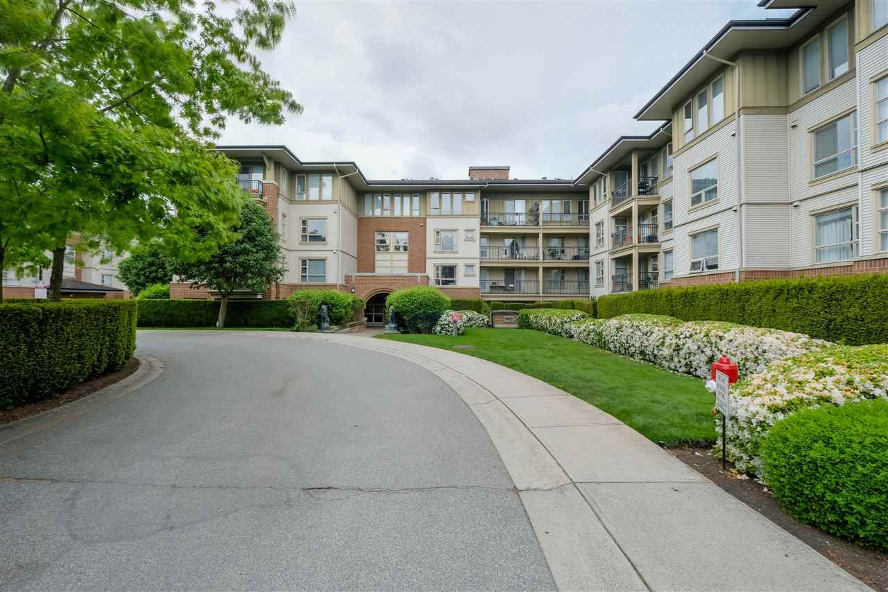 """Main Photo: 2301 5113 GARDEN CITY Road in Richmond: Brighouse Condo for sale in """"Lions Park"""" : MLS®# R2456048"""
