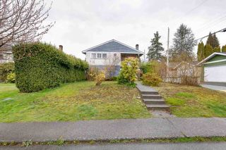 Photo 3: 314 W 20TH Street in North Vancouver: Central Lonsdale House for sale : MLS®# R2576256