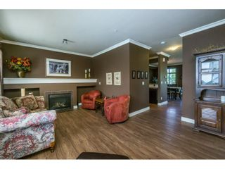 """Photo 3: 1 19932 70 Avenue in Langley: Willoughby Heights Townhouse for sale in """"SUMMERWOOD"""" : MLS®# R2162359"""