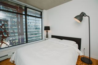Photo 9: 1904 128 CORDOVA STREET in WOODWARDS: Downtown VW Home for sale ()  : MLS®# R2070593
