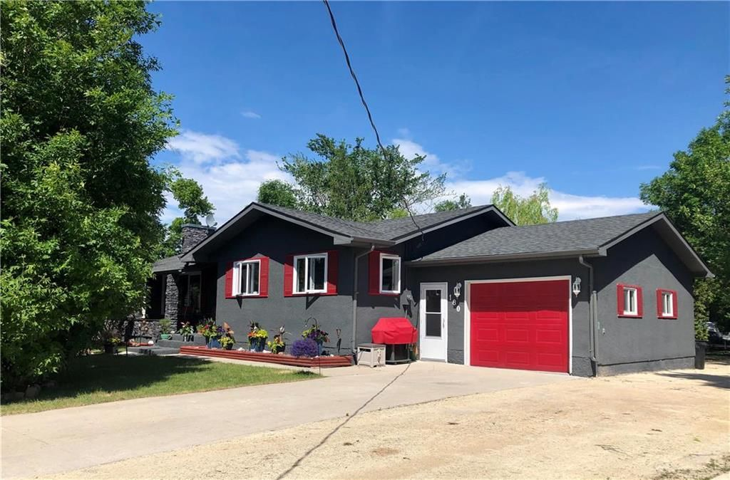 Main Photo: 180 Lagasse Drive in St Adolphe: R07 Residential for sale : MLS®# 1916964