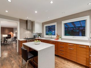 Photo 11: 4412 CORONATION Drive SW in Calgary: Britannia House for sale : MLS®# C4132058