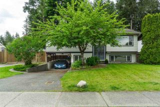 Photo 3: 4415 203 Street in Langley: Langley City House for sale : MLS®# R2458333