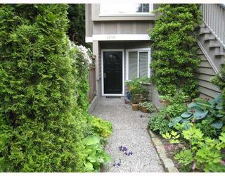 Photo 2: 2610 W 1ST Avenue in Vancouver: Kitsilano Townhouse for sale (Vancouver West)  : MLS®# V715247