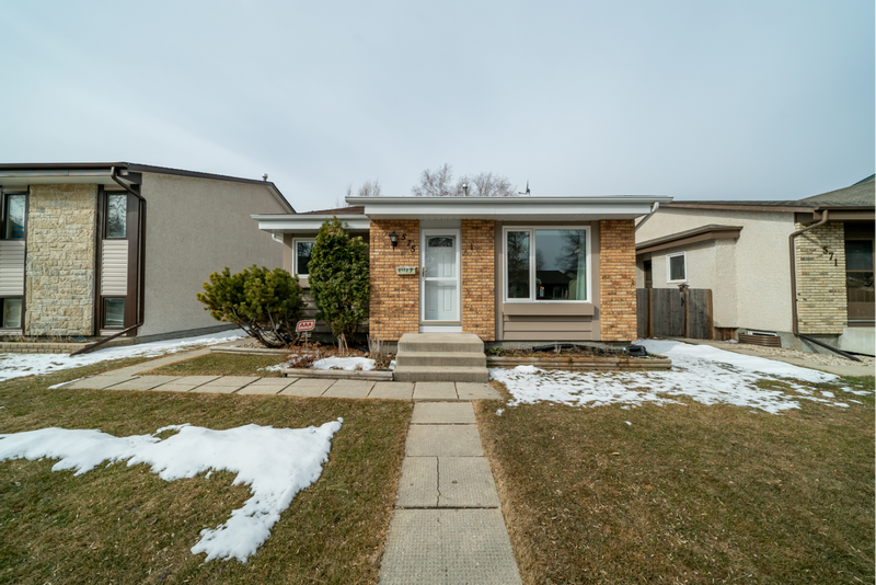 FEATURED LISTING: 575 Paddington Road Winnipeg