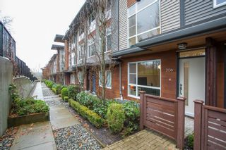 """Photo 2: 206 2228 162 Street in Surrey: Grandview Surrey Townhouse for sale in """"BREEZE"""" (South Surrey White Rock)  : MLS®# R2519926"""