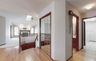 Photo 3: 200 COUNTRY CLUB Point in Edmonton: Zone 22 Attached Home for sale : MLS®# E4236589