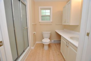 Photo 15: 24 Lakeview Circle Extension in Conquerall Mills: 405-Lunenburg County Residential for sale (South Shore)  : MLS®# 202118935