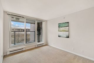 """Photo 11: 404 500 W 10TH Avenue in Vancouver: Fairview VW Condo for sale in """"Cambridge Court"""" (Vancouver West)  : MLS®# R2560760"""